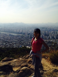 Halfway down Yongmasan