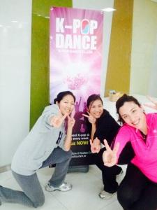 K-pop dancers
