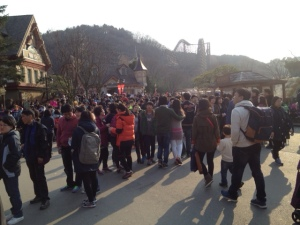 Crowds at Everland