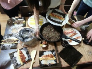 Process of making kimbap