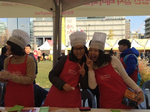 Having fun making kimchi (photo credit: Ashley C)